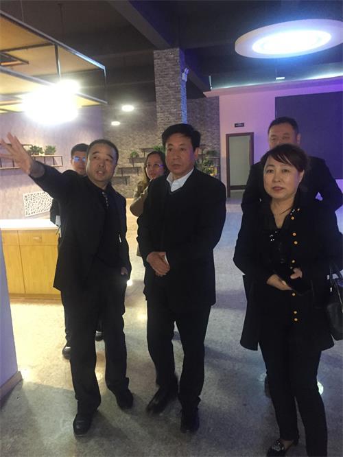 白塔区区长佟恩凡到辽宁声谷 双创孵化基地考察指导 分公司新闻 第1张