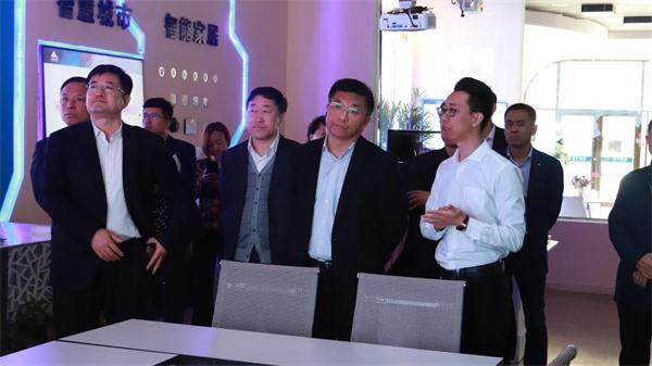 辽阳市副市长到双创孵化基地指导调研 新闻资讯 第3张
